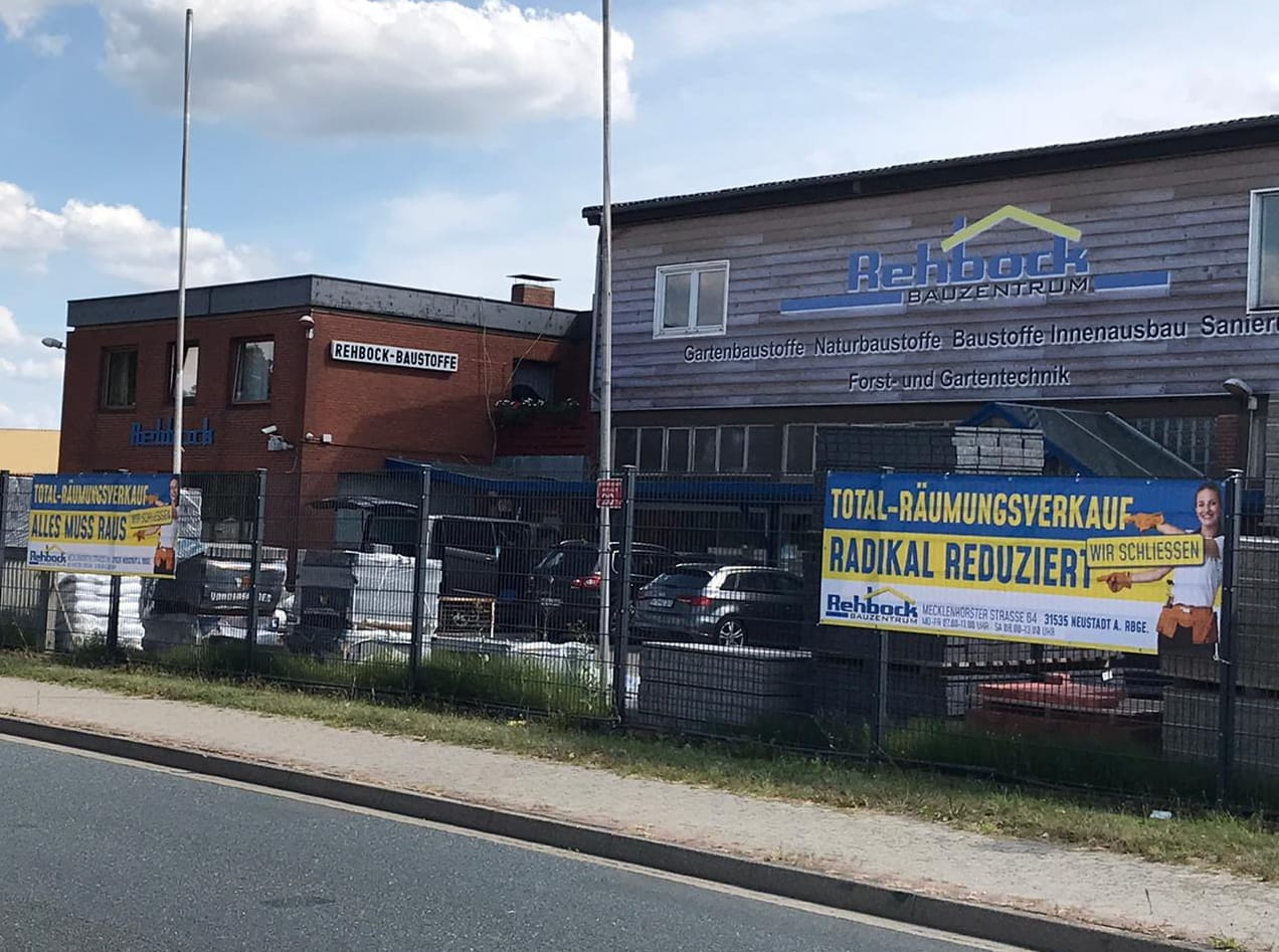 Räumungsverkauf Geschäftsaufgabe Schließung Baumarkt  Rehbock Neustadt SiGG Zeit zum Handeln